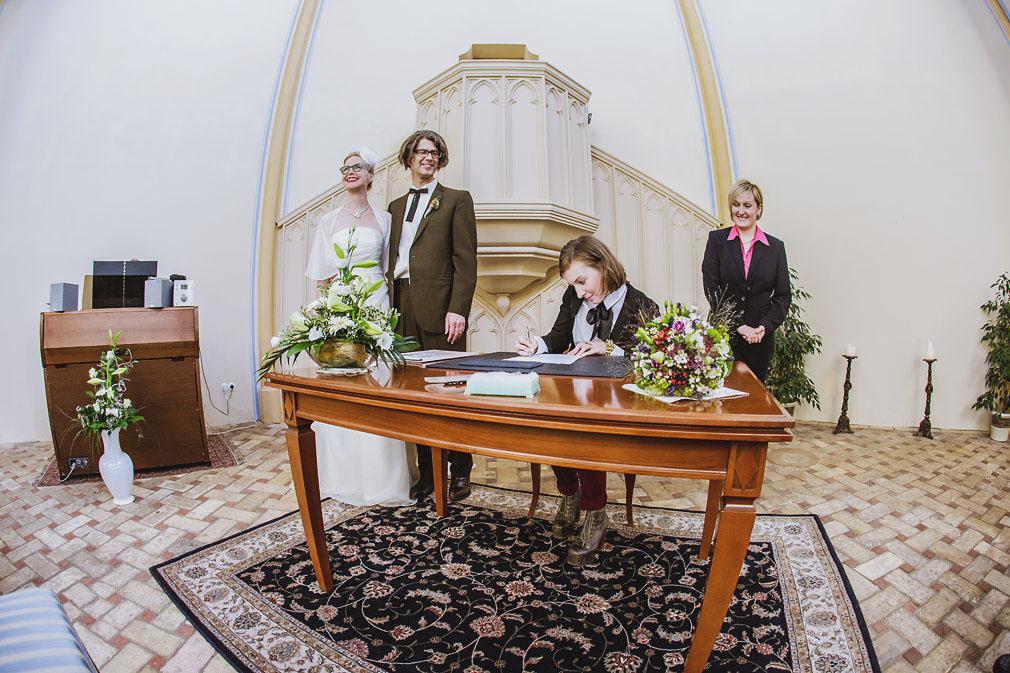 Hochzeit in der Alten Neuendorfer Kirche in Potsdam