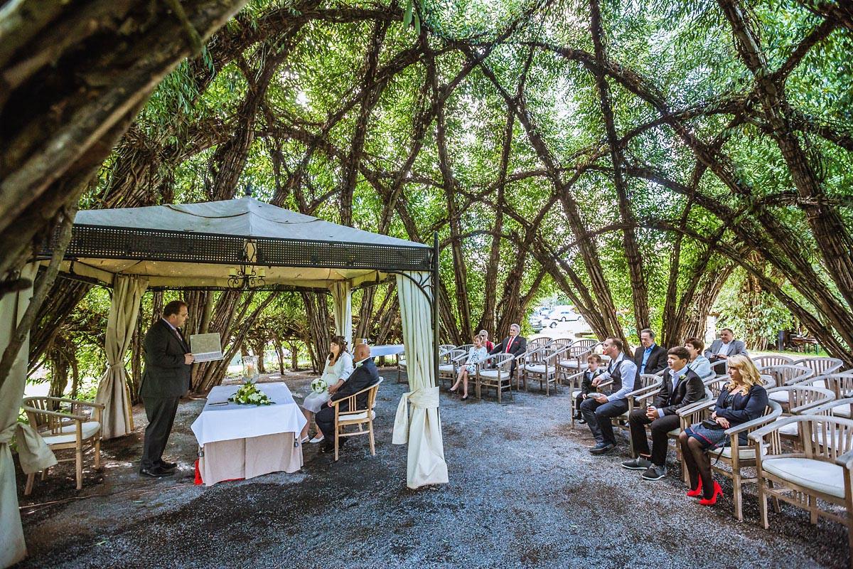 Hochzeit im Standesamt im Weidendom Schlepzig im Spreewald